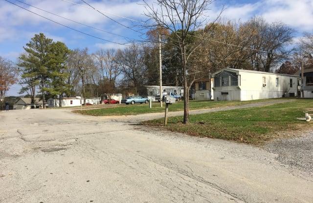 Arbor Mills Mobile Home Park - 1337 Wooten Road, Ringgold, GA 30736