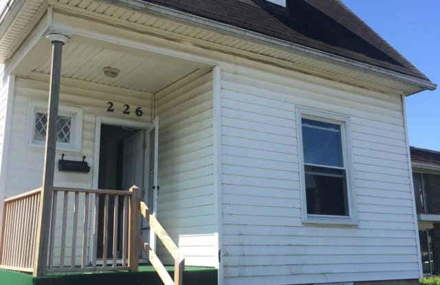 226 Burkhardt Ave - 226 Burkhardt Avenue, Dayton, OH 45403