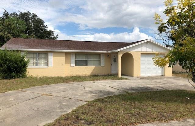 8742 ROBLE WAY - 8742 Roble Way, Jasmine Estates, FL 34668