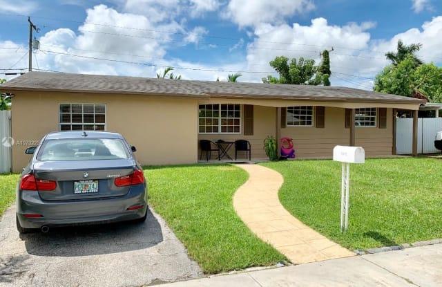 15430 SW 297th Ter - 15430 Southwest 297th Terrace, Leisure City, FL 33033
