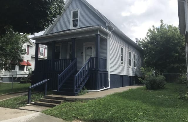 1844 N 24TH PL - 1844 North 24th Place, Milwaukee, WI 53205