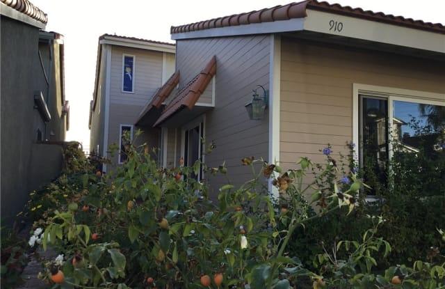 910 California Street - 910 California Street, Huntington Beach, CA 92648