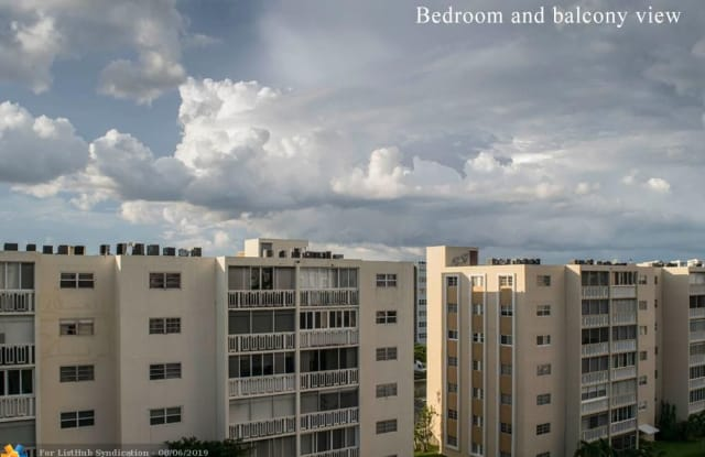 300 NE 12th Ave - 300 Northeast 12th Avenue, Hallandale Beach, FL 33009