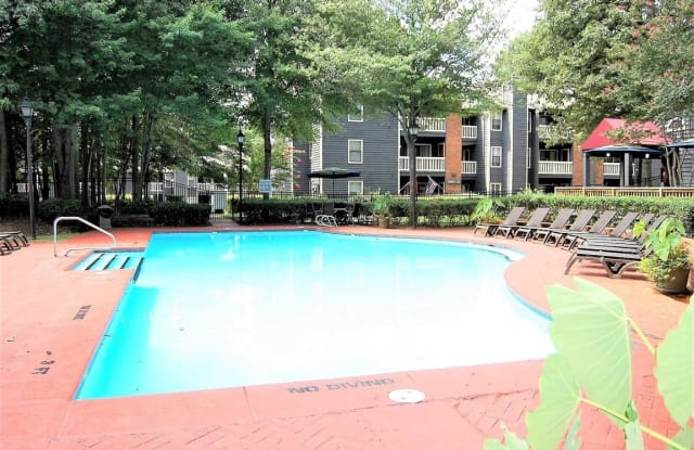 Pointe at Irving Park - 3100 N Elm St, Greensboro, NC 27408
