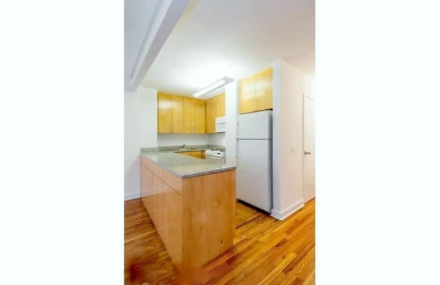30 East End Avenue - 30 East End Avenue, New York, NY 10028