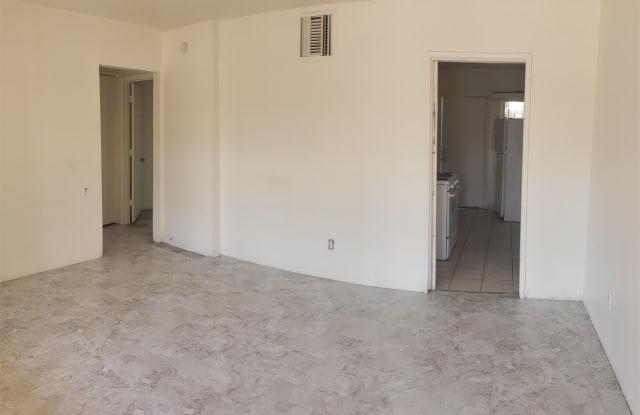 1501 West Lynwood Street - 03 - 1501 West Lynwood Street, Phoenix, AZ 85007