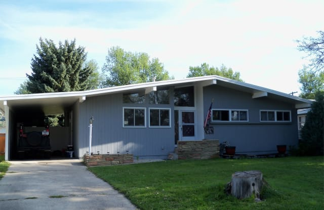 1137 Ave F - 1137 Avenue F, Billings, MT 59102