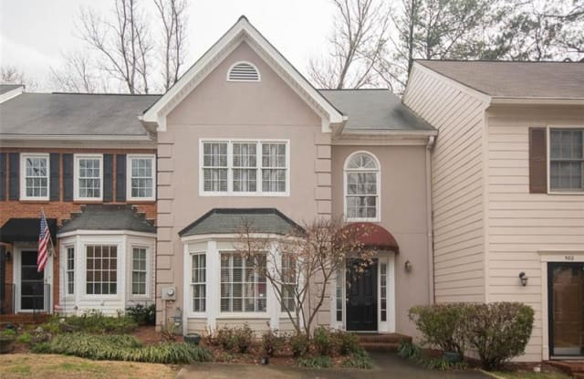 582 Harcourt Place SE - 582 Harcort Place Southeast, Cobb County, GA 30067