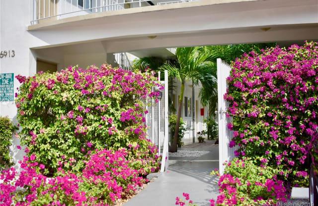 6921 Rue Vendome - 6921 Rue Vendome, Miami Beach, FL 33141