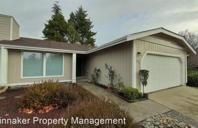 6231 N 37th St - 6231 North 37th Street, Tacoma, WA 98407