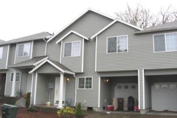 714 SE Palmblad Place - 714 Southeast Palmblad Place, Gresham, OR 97080