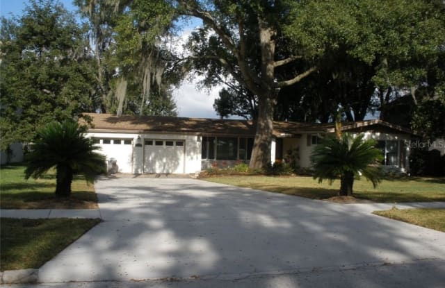 7235 LAKE DRIVE - 7235 Lake Drive, Belle Isle, FL 32809
