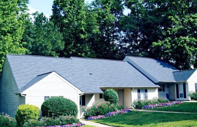 Hunter's Run Apartments - 5801 Blacksmith Dr, Raleigh, NC 27606