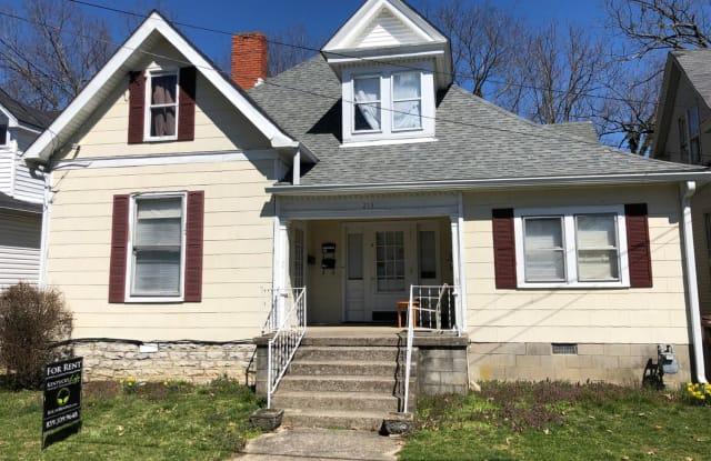 213 W Hickman Street - 213 West Hickman Street, Winchester, KY 40391