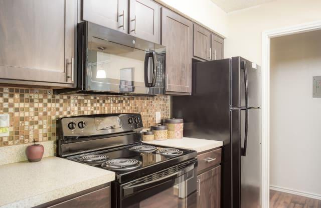 Walnut Ridge - 2500 Burney Rd, Arlington, TX 76006