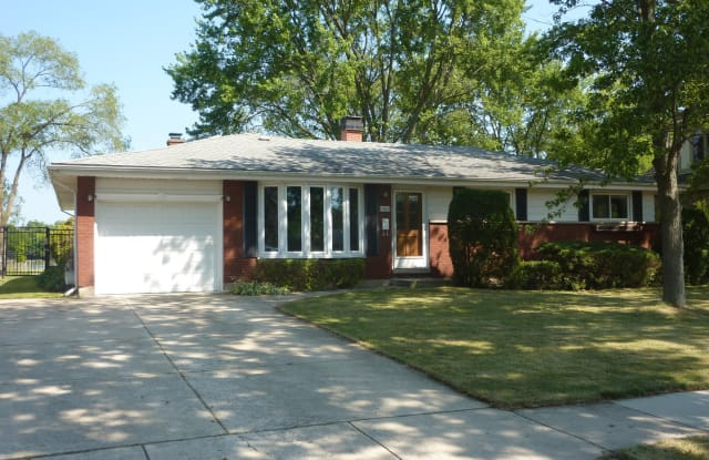 1521 North Walnut Avenue - 1521 North Walnut Avenue, Arlington Heights, IL 60004