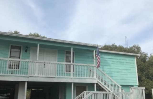 62 Glenmont Drive West - 62 Glenmont Drive West, North Fort Myers, FL 33917