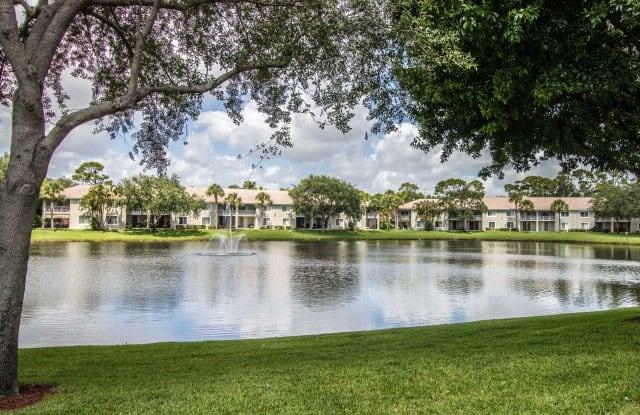 Gateway Club - 3930 Max Pl, Boynton Beach, FL 33436