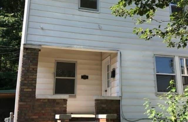 409 West 3rd Street - 409 W 3rd St, Bloomington, IN 47403