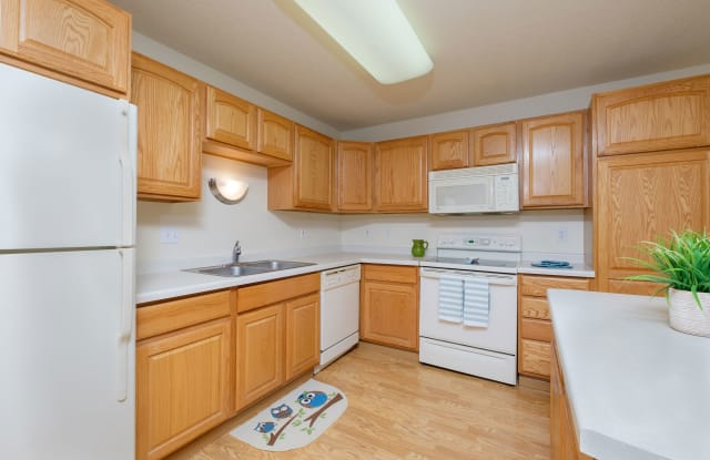 Townhomes at Charleswood - West Fargo, ND apartments for rent