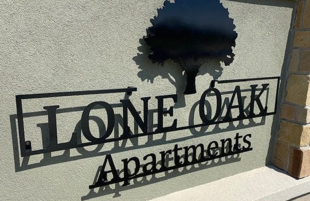 Lone Oak - 1801 Fort Worth Highway, Weatherford, TX 76087