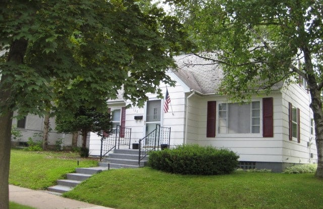 130 N 7th Ave - 130 North 7th Avenue, Wausau, WI 54401