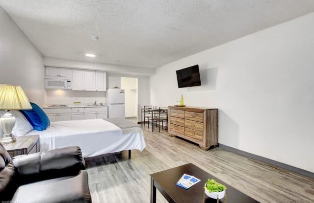 Siegel Slots & Suites - 5011 E Craig Rd, Sunrise Manor, NV 89115