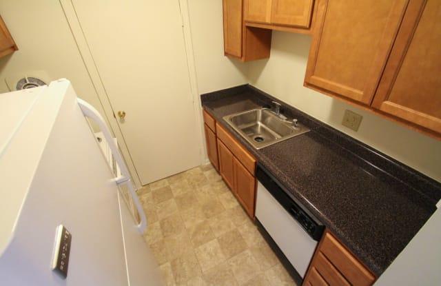 Montana Valley Apartments - 2678 Montana Ave, Cincinnati, OH 45211