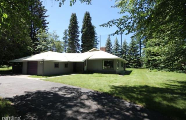 312 Parkhill - 312 Parkhill Drive, Whitefish, MT 59937