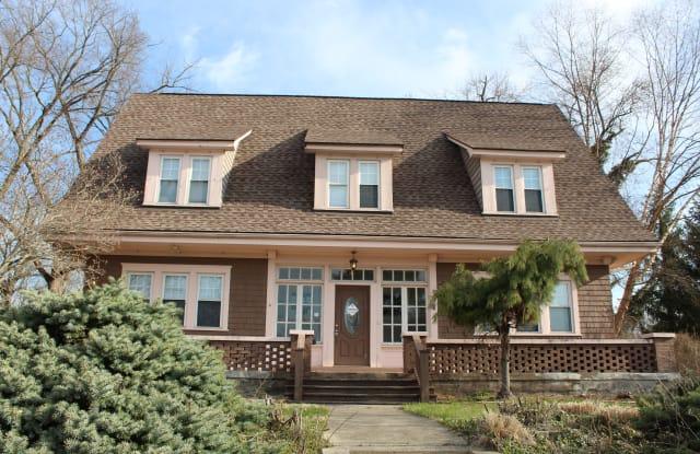 253 E Hillcrest Ave - 253 East Hillcrest Avenue, Dayton, OH 45405