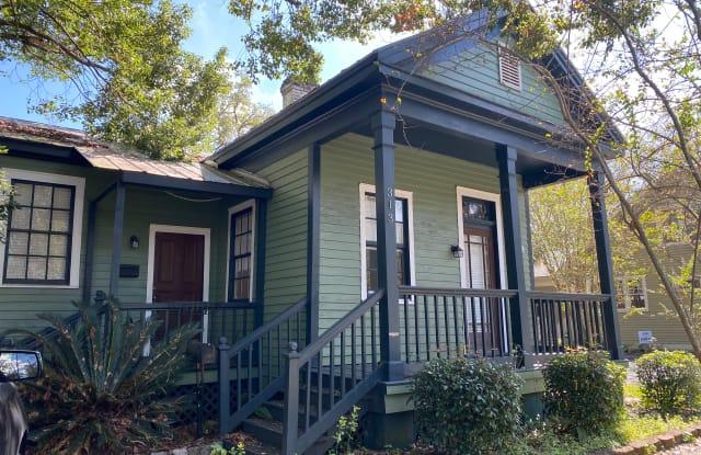 313 George St - 313 George Street, Mobile, AL 36604
