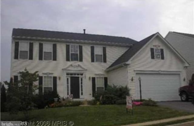 2025 GERMANDER WAY - 2025 Germander Way, Lake Ridge, VA 22192
