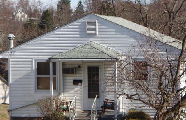 628 Jones Ave - 628 Jones, Morgantown, WV 26505