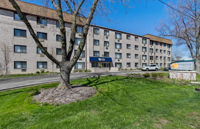 Midpointe Apartments - 4050 W 115th St, Chicago, IL 60655
