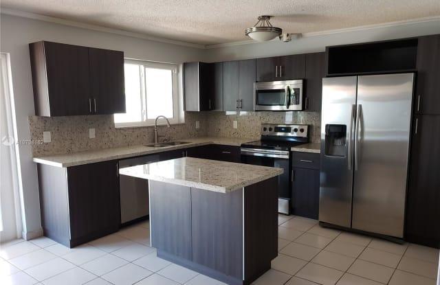 232 SW 30th Ave - 232 SW 30th Ave, Miami, FL 33135