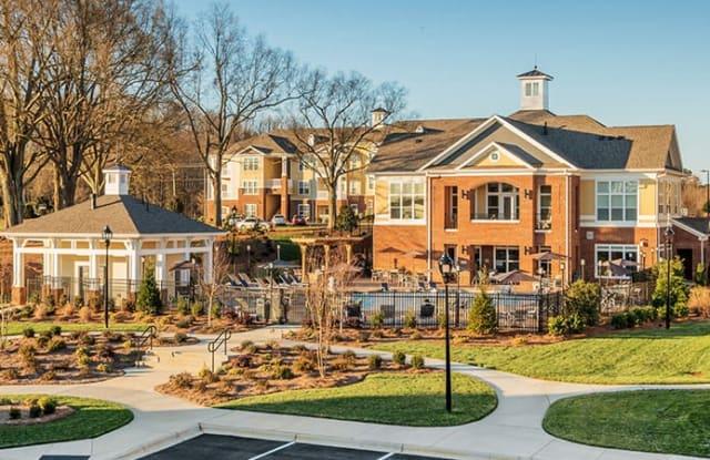 Residences at Brookline - 8816 Aspinwall Dr, Charlotte, NC 28216