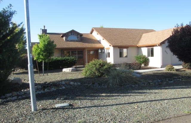 2575 Solar View Drive - 2575 Solar View Drive, Chino Valley, AZ 86323