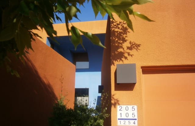 1254 Avenida Morelia Unit 205 - 1254 Avenida Morelia, Santa Fe, NM 87501