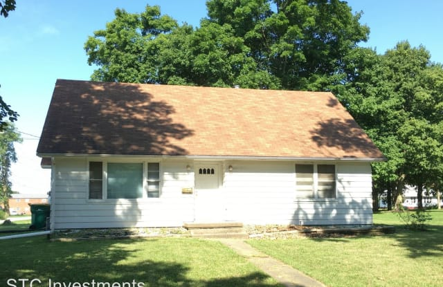 418 N. Johnson - 418 North Johnson Street, Macomb, IL 61455