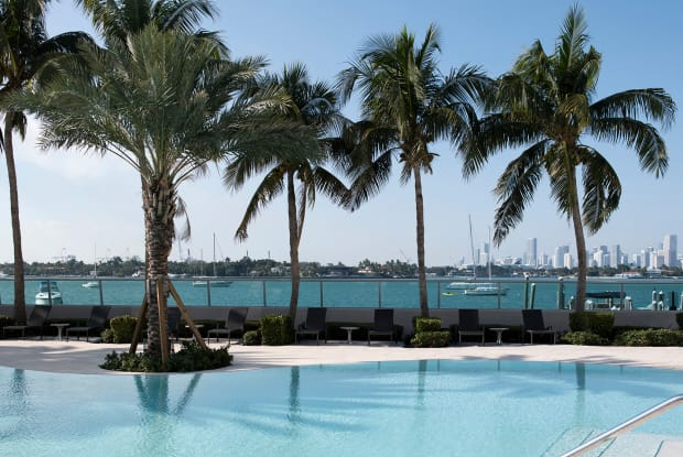 Flamingo Point South Towers - 1508 Bay Rd, Miami Beach, FL 33139
