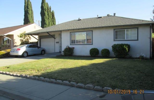 207 Taft Street - 207 Taft Street, Fairfield, CA 94533