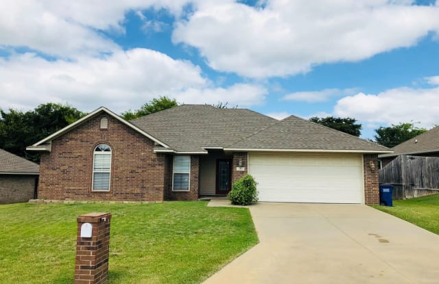 809 Harvard Ave - 809 Harvard Avenue, Fort Smith, AR 72908