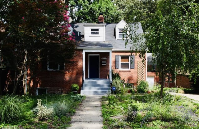 8305 Greenwood Ave Unit 2 - 8305 Greenwood Avenue, Silver Spring, MD 20912