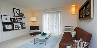 Advenir At Stapleton Apartments
