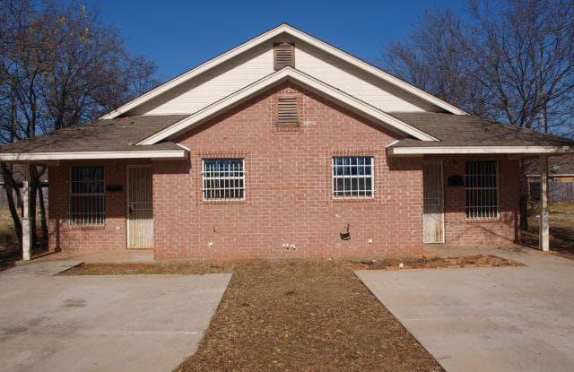 1411 E Robert Street - 1411 E Robert St, Fort Worth, TX 76104