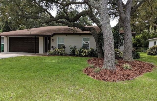 2904 W MARLIN AVENUE - 2904 West Marlin Avenue, Tampa, FL 33611