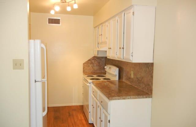 705 S JACKSON ST APT 24 - 705 South Jackson Street, Brenham, TX 77833