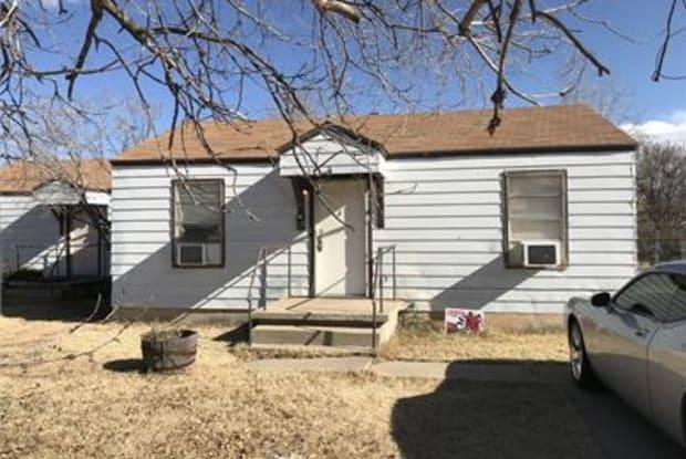 4601 S Lipscomb St #B - 4601 South Lipscomb Street, Amarillo, TX 79110