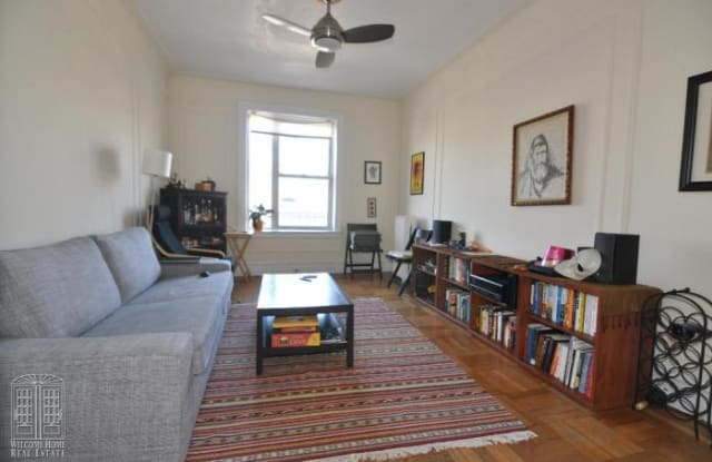 45-08 40 Street - 4508 40th St, Queens, NY 11104