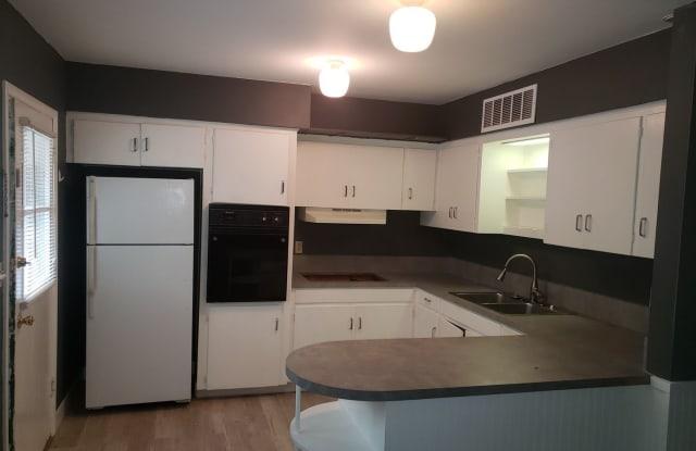 814 W. Maple - 814 West Maple Street, Fayetteville, AR 72701